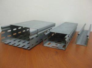 Металлический короб для электропроводки