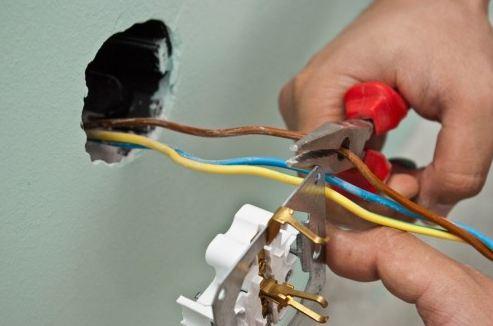 Обрезка проводов под нужный размер