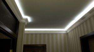 Размещение скрытой светодиодной ленты на плинтусе